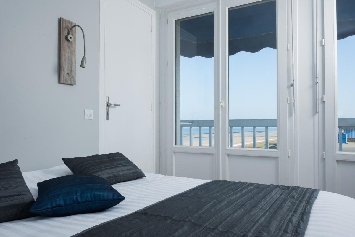 chambre « cabine 1 » - hôtel restaurant de la mer à langrune sur mer